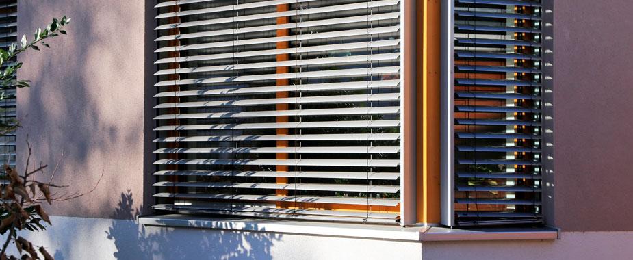 Estores proteção solar lâminas