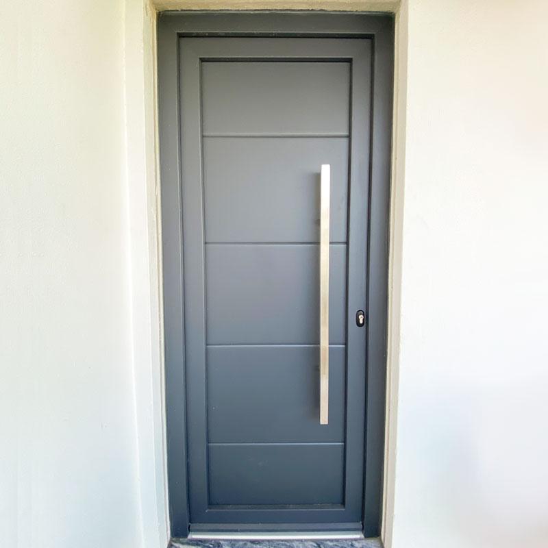 Vantagens das portas em alumínio